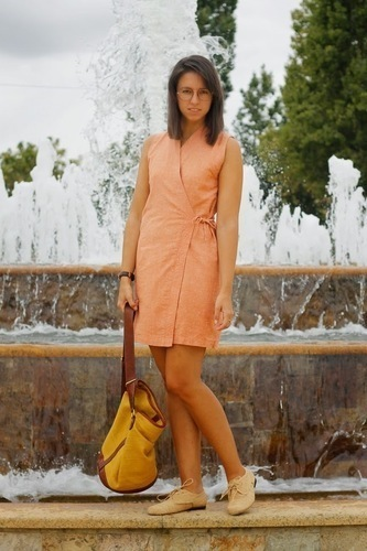 Limit 550 500 sugarlane vintage round glasses nude dress mustard bag outfit