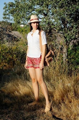 Limit 550 500 sugarlane florals silk shorts burgundy outfit